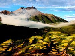 祁连卓尔山风景区